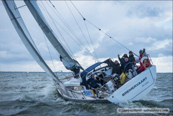 zeiljacht Dehler 38 te huur vanuit haven Andijk